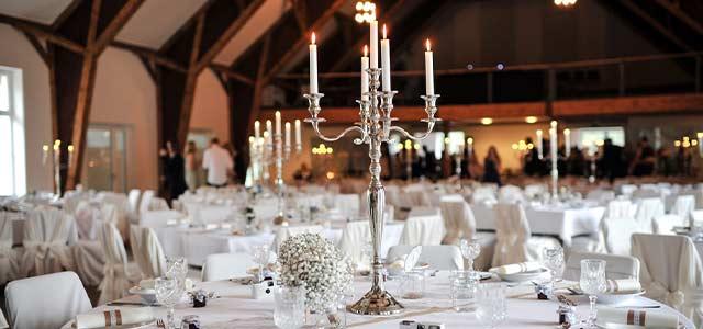 Runde Tische Auf Der Hochzeitsfeier Planen Goldhaus Hochzeit Ratgeber