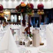 Tischordnung der Hochzeitsfeier organisieren und planen